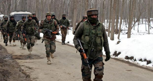 CRPF क़ाफ़िले पर आतंकी हमला ,40 से ज़्यादा जवान शहीद