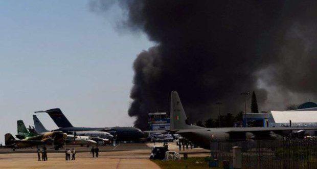 एयरो इंडिया शो में बड़ा हादसा ,भीषण आग 300 कारें जलकर राख